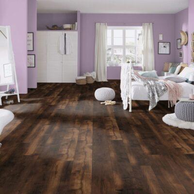A Krono Original Vintage Classic K414 Corsair Oak laminált padló 4 oldalt fózolt laminált padló.