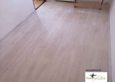 Világos 1 clic 2 go laminált padló – a nagyszerű megoldás!