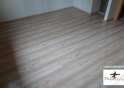 Igazi famintázatú laminált padló – referencia
